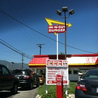 Photo taken at In-N-Out Burger by Vanessa O. on 4/20/2012