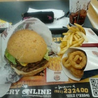 Photo taken at Burger King by mariamerry .. on 7/28/2012