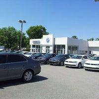 Снимок сделан в Savannah Volkswagen пользователем GaySavannah O. 4/9/2012