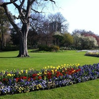 Foto tomada en Hyde Park Corner por Jessi D. el 3/25/2012