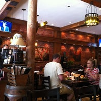 Photo taken at Napa Valley Burger by Marcos Z. on 8/30/2012