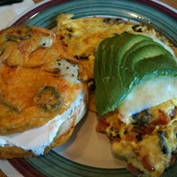 Photo taken at Bagels & Brew by Erma Allyn on 9/8/2012