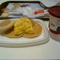 Photo taken at McDonald's by Yipeng L. on 6/30/2012