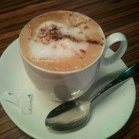 9/4/2012にEl Equipo Z.がTierra Caféで撮った写真