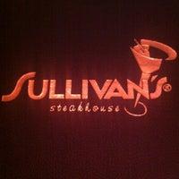 6/10/2012 tarihinde Nicki G.ziyaretçi tarafından Sullivan's Steakhouse'de çekilen fotoğraf