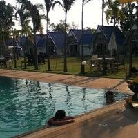 Photo taken at Castle Howchow Beach Resort Hotel Khon Kaen by Kanokchol P. on 3/7/2012
