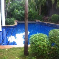 Photo taken at Bayan Tree Mo'candyMo'candy Pool Villa by Percy Y. on 9/4/2012