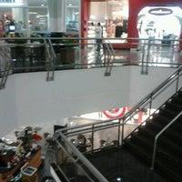 Photo taken at Cataratas JL Shopping by Solange B. on 6/26/2012