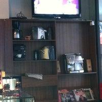 Photo taken at Establecimiento General de Café by Ben 💯 B. on 8/4/2012