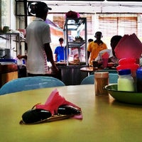 Photo taken at Restoran Sri Rezeki by Bros™ on 8/23/2012
