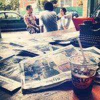 Снимок сделан в Oslo Coffee пользователем Benjamin P. 9/9/2012