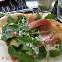 Photo taken at Il Pizzaiolo by Ricardo R. on 5/22/2012