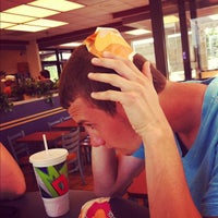 Photo taken at Taco Bell by Karianne D. on 7/8/2012