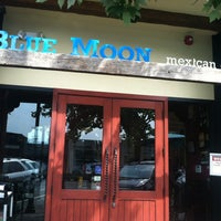 Photo taken at Blue Moon Mexican Cafe by Arzu K. on 9/6/2012