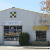 Photo taken at Healthy Harvest Hydroponics and Organics by Marketing G. on 8/16/2012