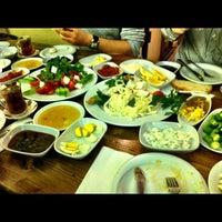 3/4/2012 tarihinde Fatih T.ziyaretçi tarafından Van Kahvaltı Evi'de çekilen fotoğraf