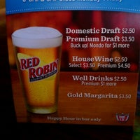 Photo taken at Red Robin Gourmet Burgers and Brews by Jaimie on 4/13/2012