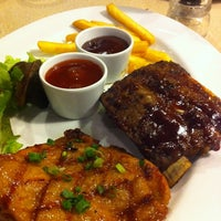 Photo taken at Sizzler by PEACH S. on 4/7/2012