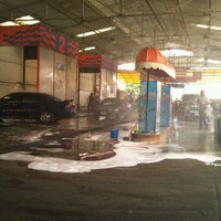 Photo taken at Autolavado Expreso by David O. on 7/5/2012
