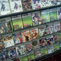 Foto scattata a GameStop da Will F. il 4/14/2012