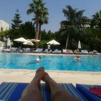6/16/2012 tarihinde Gulaynur C.ziyaretçi tarafından Swiss Otel Havuz'de çekilen fotoğraf