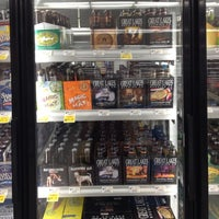 Photo taken at Giant Eagle Supermarket by Bobby C. on 5/20/2012