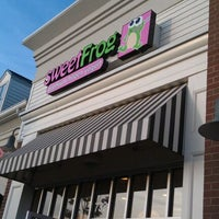 Photo taken at sweetFrog by Matt D. on 5/27/2012