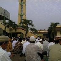 Photo taken at Mesjid Darul Hikam by Yunan M. on 8/30/2011