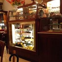Photo taken at Café Gnosa by Jh P. on 9/3/2012