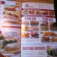 Photo taken at Applebee's Neighborhood Grill & Bar by 👊🏾Miz.Palou🔪 on 9/9/2012