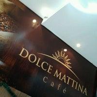 Foto tirada no(a) Dolce Mattina por Felipe M. em 12/9/2011