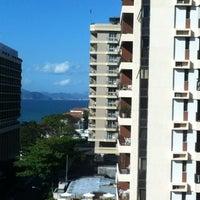 Photo taken at Mercure Rio de Janeiro Arpoador by Josemar on 8/12/2012