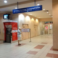 Photo taken at Arrival Hall (Terminal 2) by mR kEzz on 9/4/2012
