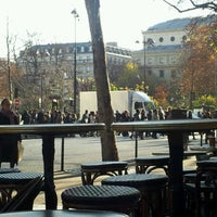 Foto tirada no(a) Starbucks Coffee por Andres A. em 12/2/2011