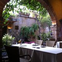 Foto tirada no(a) Vicolo Nostro por Aline P. em 9/1/2012