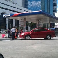 Photo taken at Petron by Ⓜ ¥ K 📧 on 11/26/2011