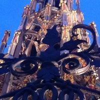 Das Foto wurde bei Schöner Brunnen von alex k. am 1/29/2012 aufgenommen