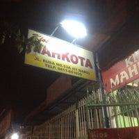 Photo taken at Kios Mahkota by Barenz  k. on 6/17/2012