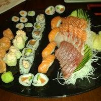 Foto tirada no(a) Nahoe Sushi por Camila A. em 9/9/2012