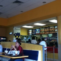 Photo taken at Burger King by Conrado on 12/7/2011