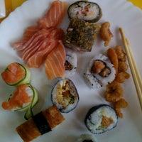 Foto tirada no(a) Samurai Mix por Jennifer S. em 1/27/2012
