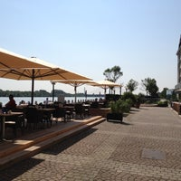 Снимок сделан в Hilton Vienna Danube Waterfront пользователем Laszlo P. 7/7/2012