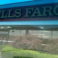 5/3/2012 tarihinde Craig L.ziyaretçi tarafından Wells Fargo'de çekilen fotoğraf