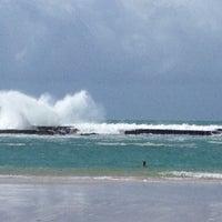 Foto tirada no(a) Praia do Francês por Adriana R. em 8/20/2012