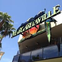 Photo taken at Margaritaville by Gabriel V. on 5/12/2012
