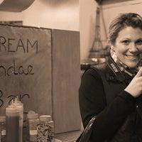2/22/2011 tarihinde emilyziyaretçi tarafından ACKC Cocoa Bar'de çekilen fotoğraf