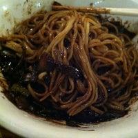 รูปภาพถ่ายที่ Hyo Dong Gak โดย Matt S. เมื่อ 9/8/2012