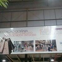 Foto tirada no(a) Estação Goiânia por Christiano M. em 10/30/2011