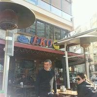 2/25/2012 tarihinde Nazan B.ziyaretçi tarafından Eko Pub'de çekilen fotoğraf