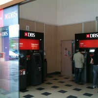Photo taken at DBS Bank by 🎈 Alan 🐶 L. on 9/29/2011